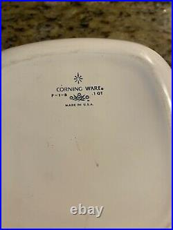 Corning Ware 1 Qt bowl. P-1-B. Vintage 1960s. Collectors item. With Lid