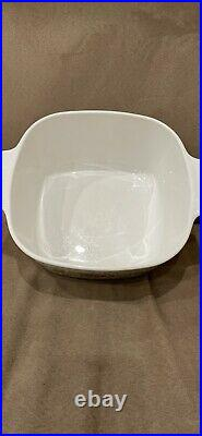 CorningWare casserole. Vintage LEchalote La Marjolaine 3 Quarts including lid