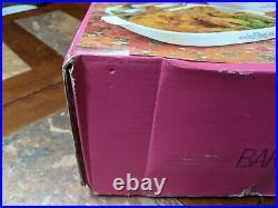 NEW! Never Opened Vintage Corning Ware Blue Cornflower Bake n Fry 2pc Set 1960s
