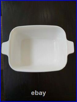 Vintage 1970s Corning ware blue cornflower 1 1/2 quart loaf dish P-4-B