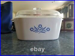 Vintage 1970s Corningware Blue Flower 4 Quart Casserole Dish with lid, prestine
